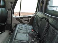 2007 Freightliner M2
