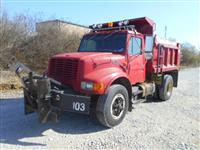 Used 2000 International 4900 4X2 for Sale