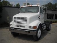 2000 International 8100