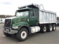 Used 2006 Volvo VHD64F for Sale