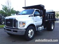 2017 Ford F750 Regular Cab