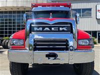 2022 Mack GR64F