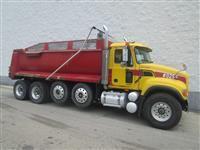 2002 Mack GRANITE CV713
