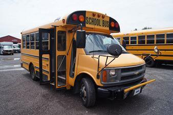 2002 Chevrolet MID BUS