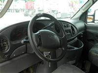 2004FordE-350 CUTAWAY