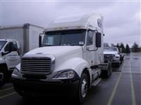2005FreightlinerCL12064ST