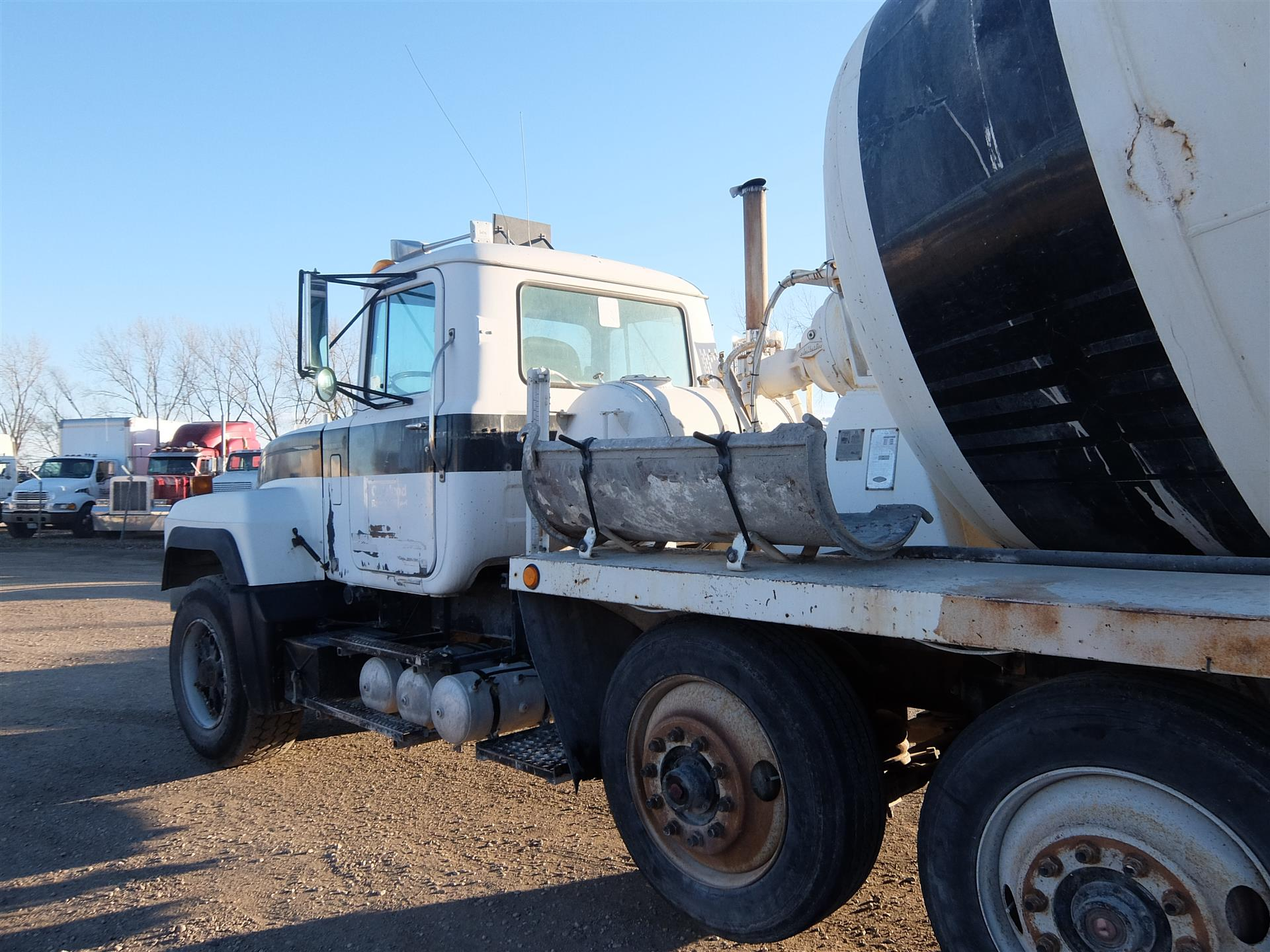 1996 Mack rd690s for sale-52038731