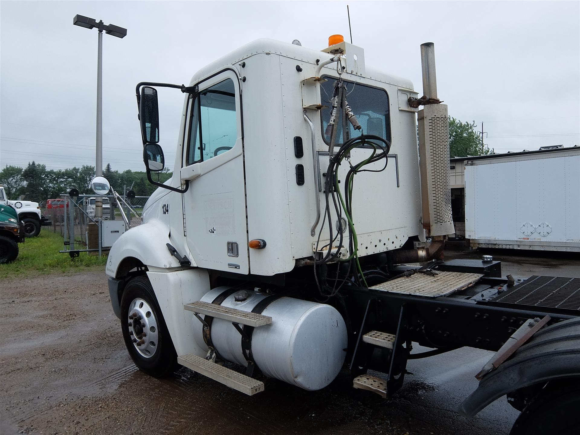 2003 Freightliner Columbia for sale-59108426