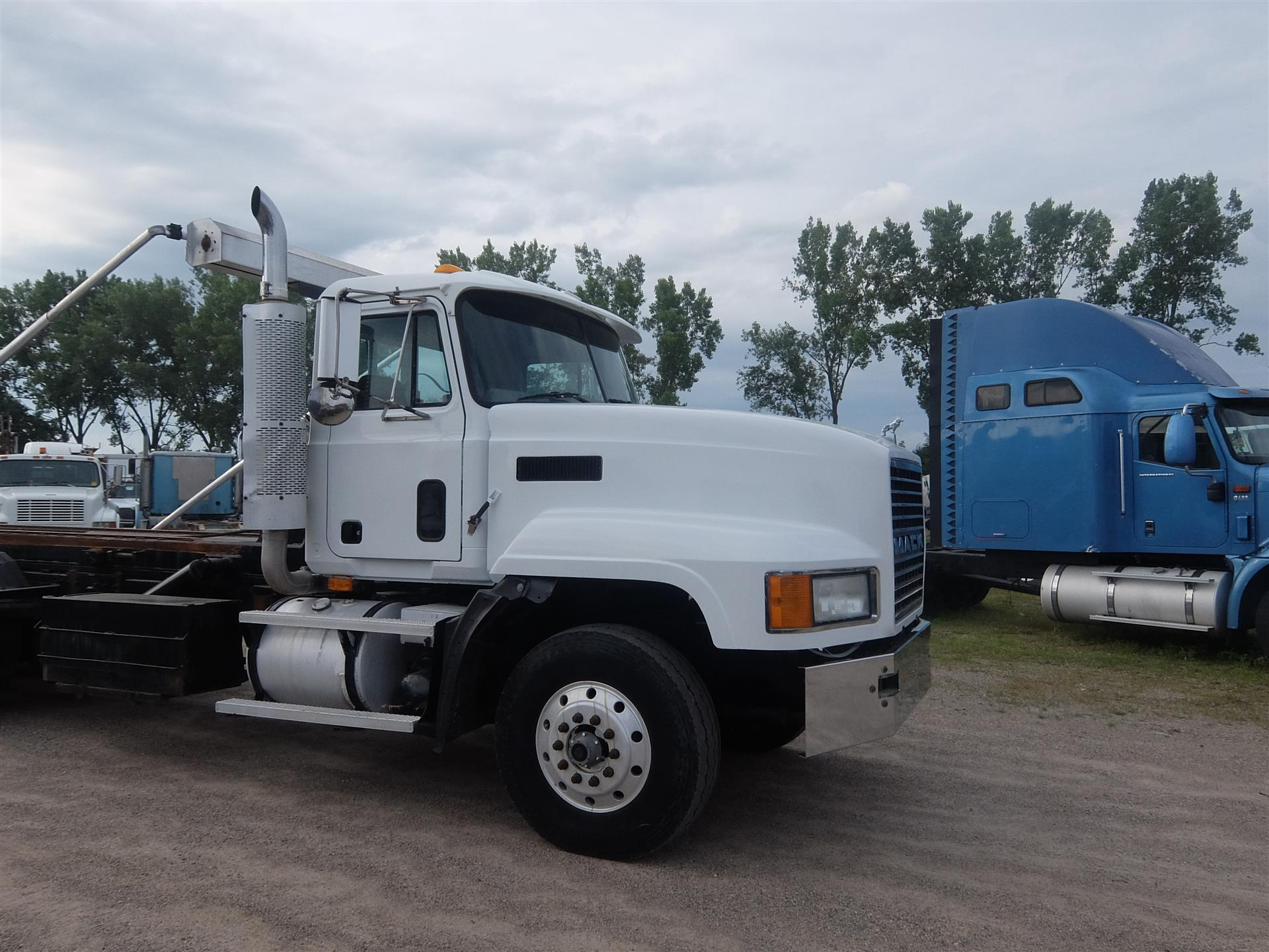 2001 Mack CL713 for sale-59067624