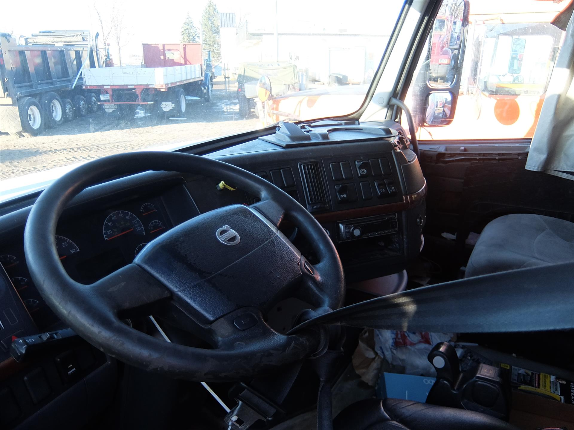 2005 Volvo VNL610 for sale-59108730