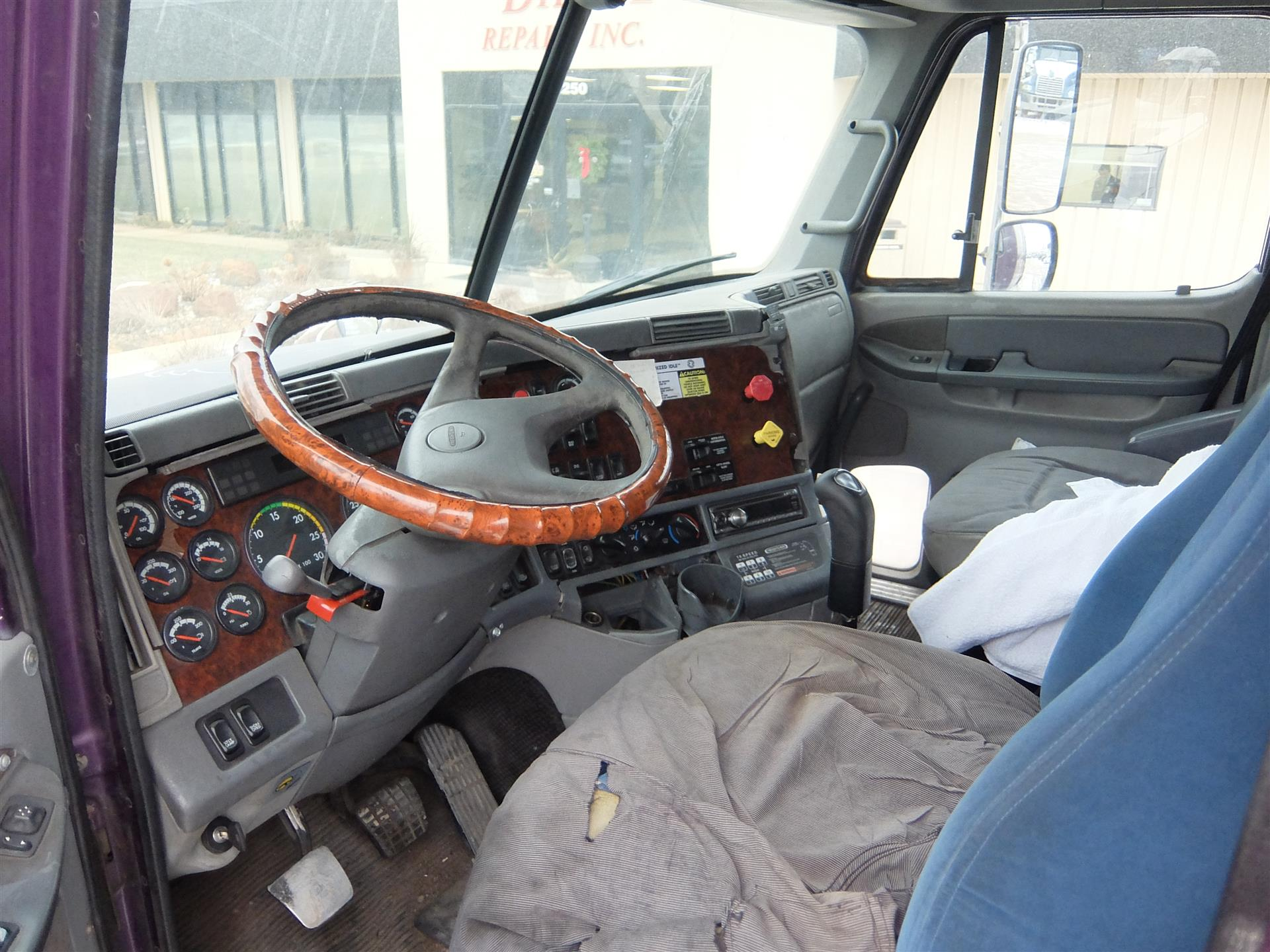 2002 Freightliner Columbia for sale-59085350