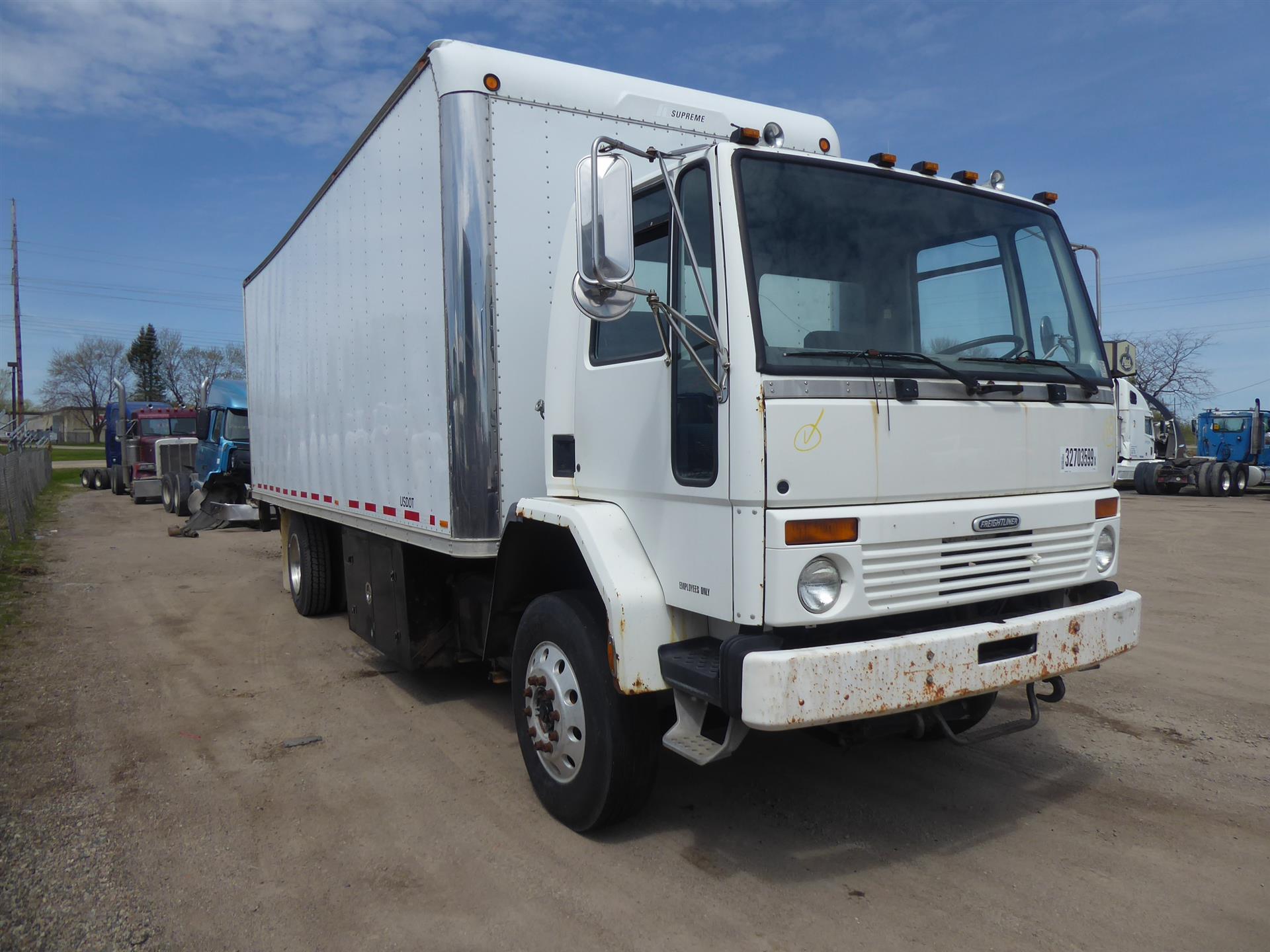 1999 Freightliner FC70 for sale-59212136