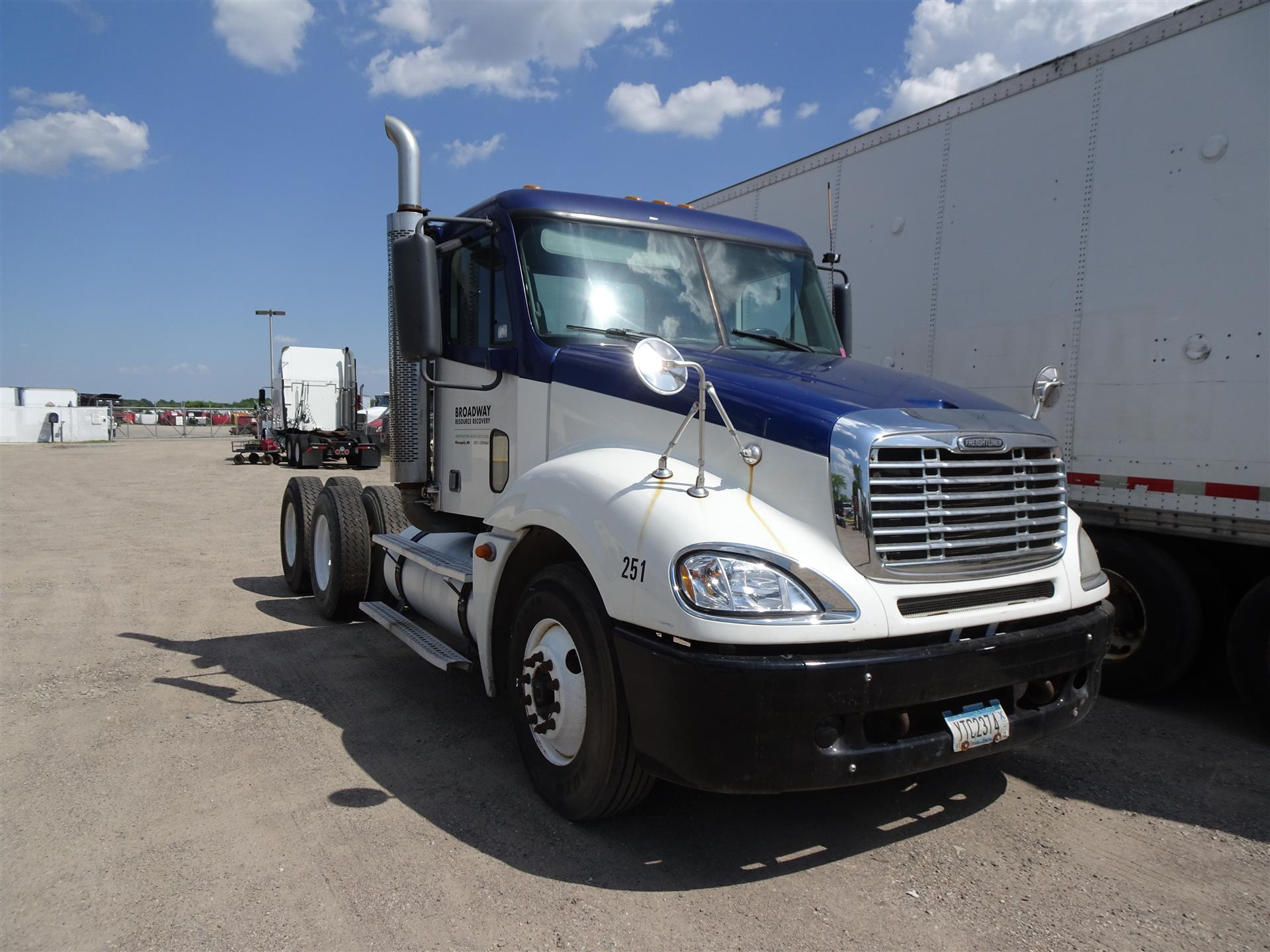 2007 Freightliner Columbia - 120 for sale-59233311