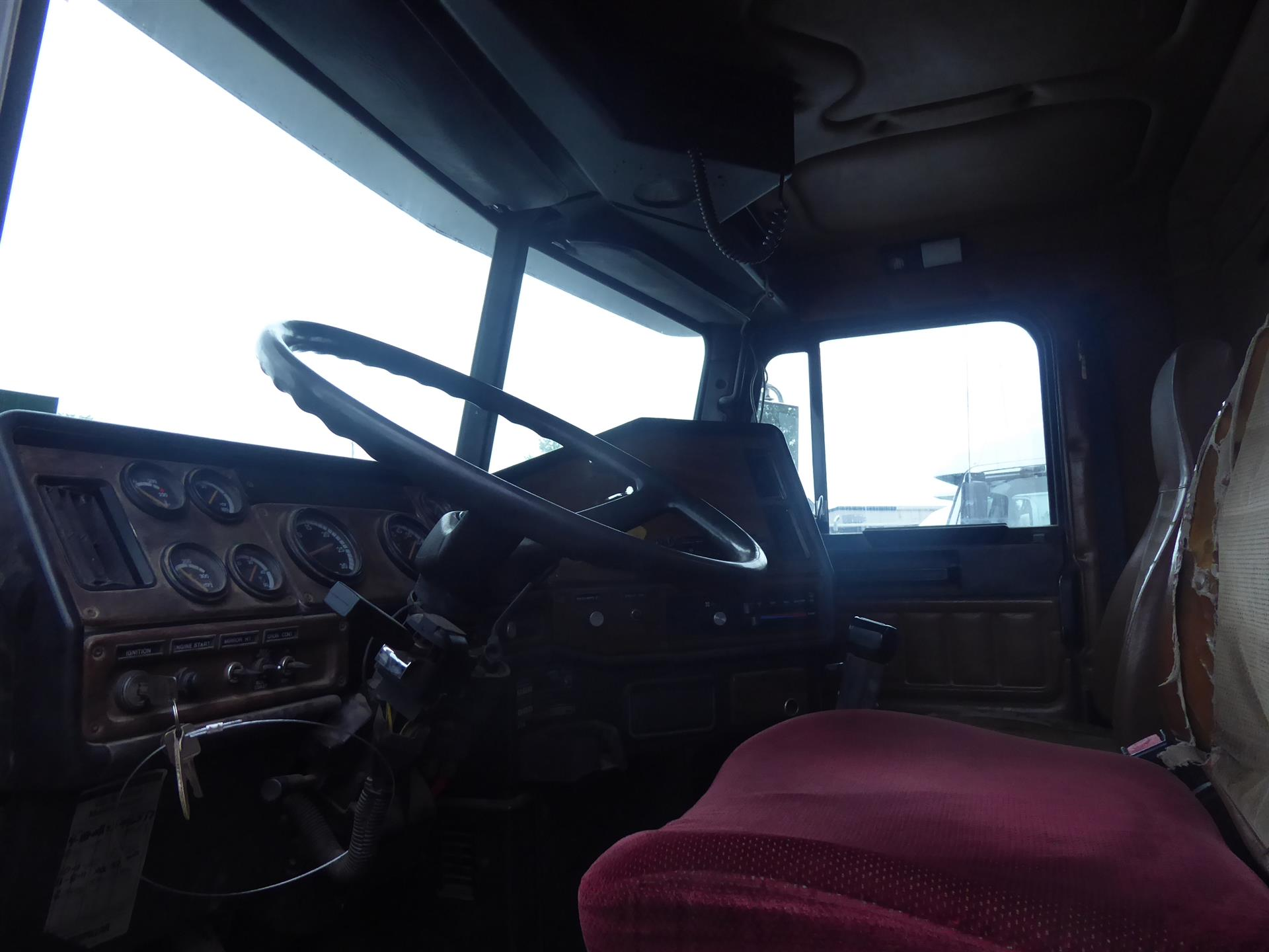 1992 Freightliner FLC12064T for sale-59233434
