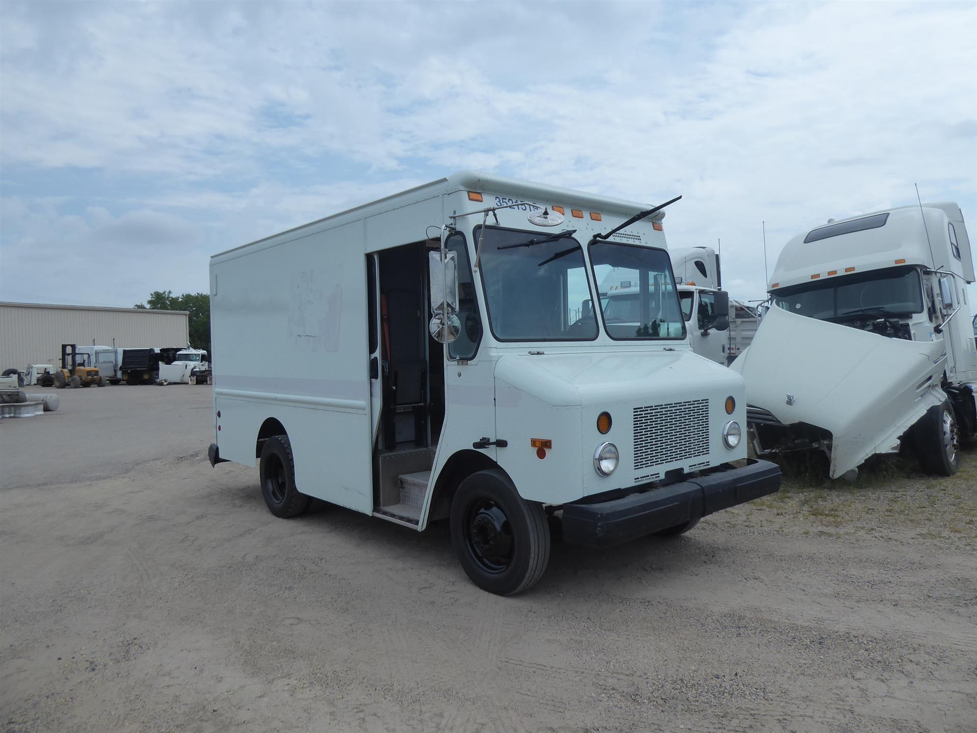 2003 Work horse step van for sale-59275569
