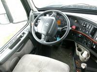 2009 Volvo VNL630
