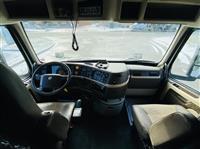 2018 Volvo VNL780
