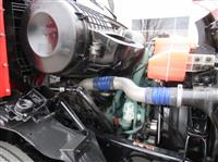 2013 Volvo VNM64T-200