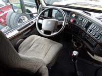 2014 Volvo VNL780