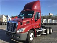 2016 Freightliner CA113DC