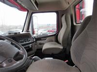 2014 Volvo VNM64T-200