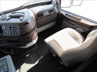 2014 Volvo VNL630