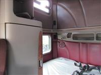 2013 Peterbilt 587