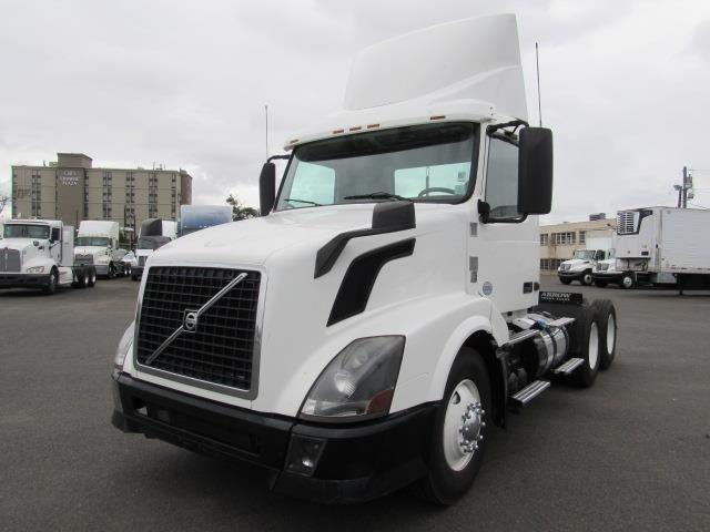 Trucks For Sale Page 64 Work Trucks Big Rigs Mack Trucks