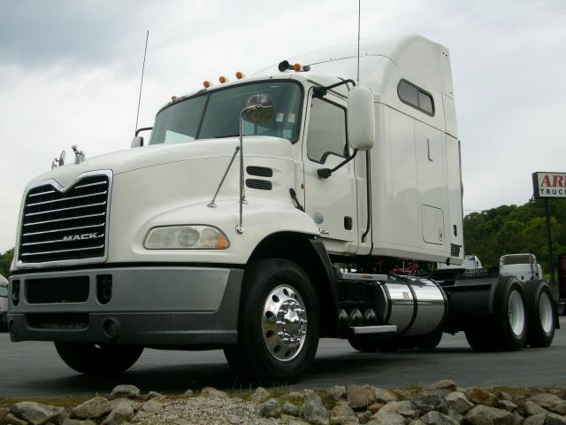 2010 Mack CXU613