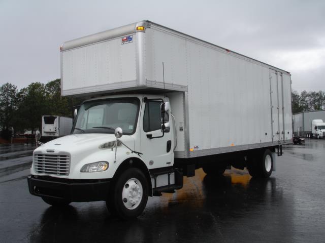 2012 Freightliner M2-106