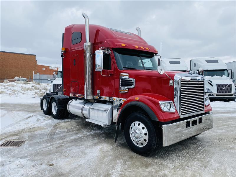 2016 Freightliner CD122