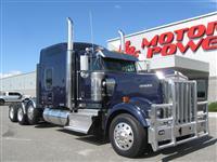 2015 Kenworth W900L Studio