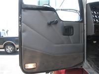 2005 Kenworth T300