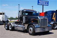 2001 Freightliner FLD120 Classic XL