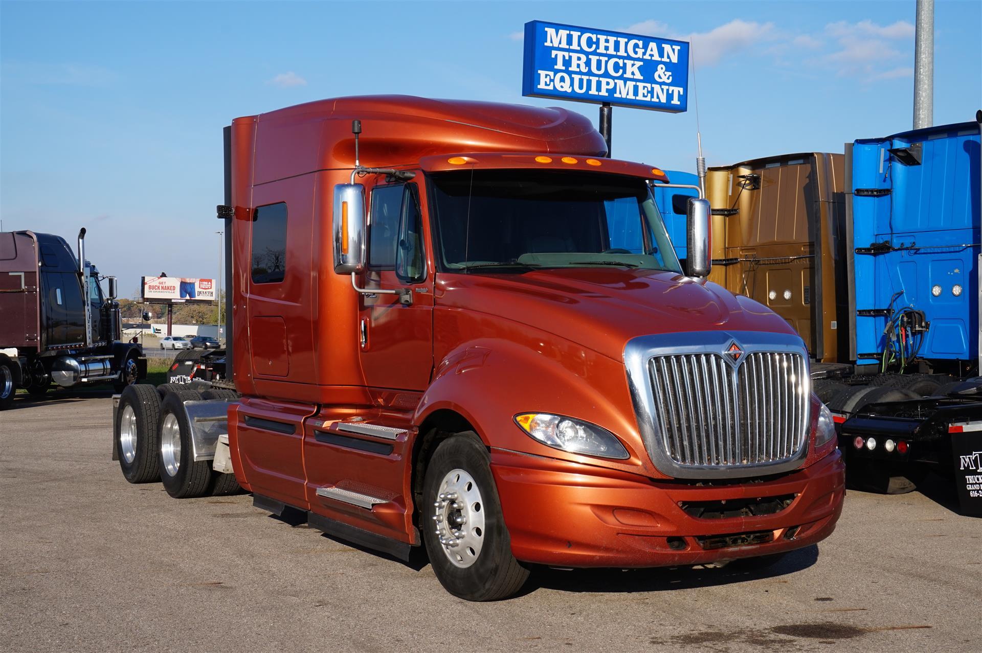 2010 International ProStar Premium Tandem Axle Sleeper