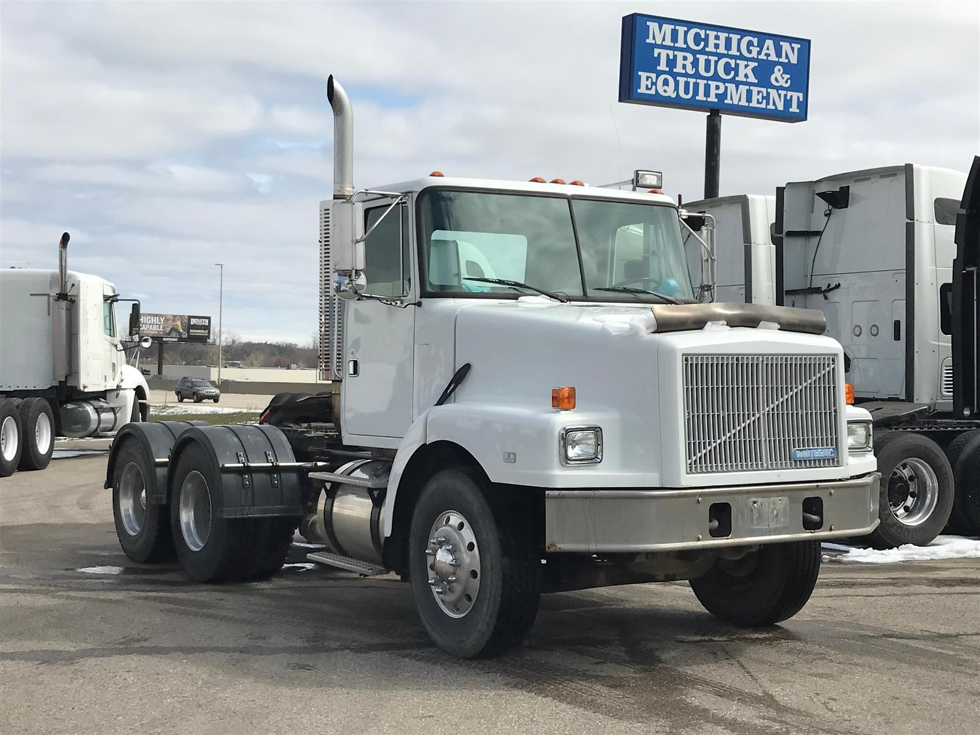 1995 VOLVO WHITE GMC WG64T DAYCAB FOR SALE #565950