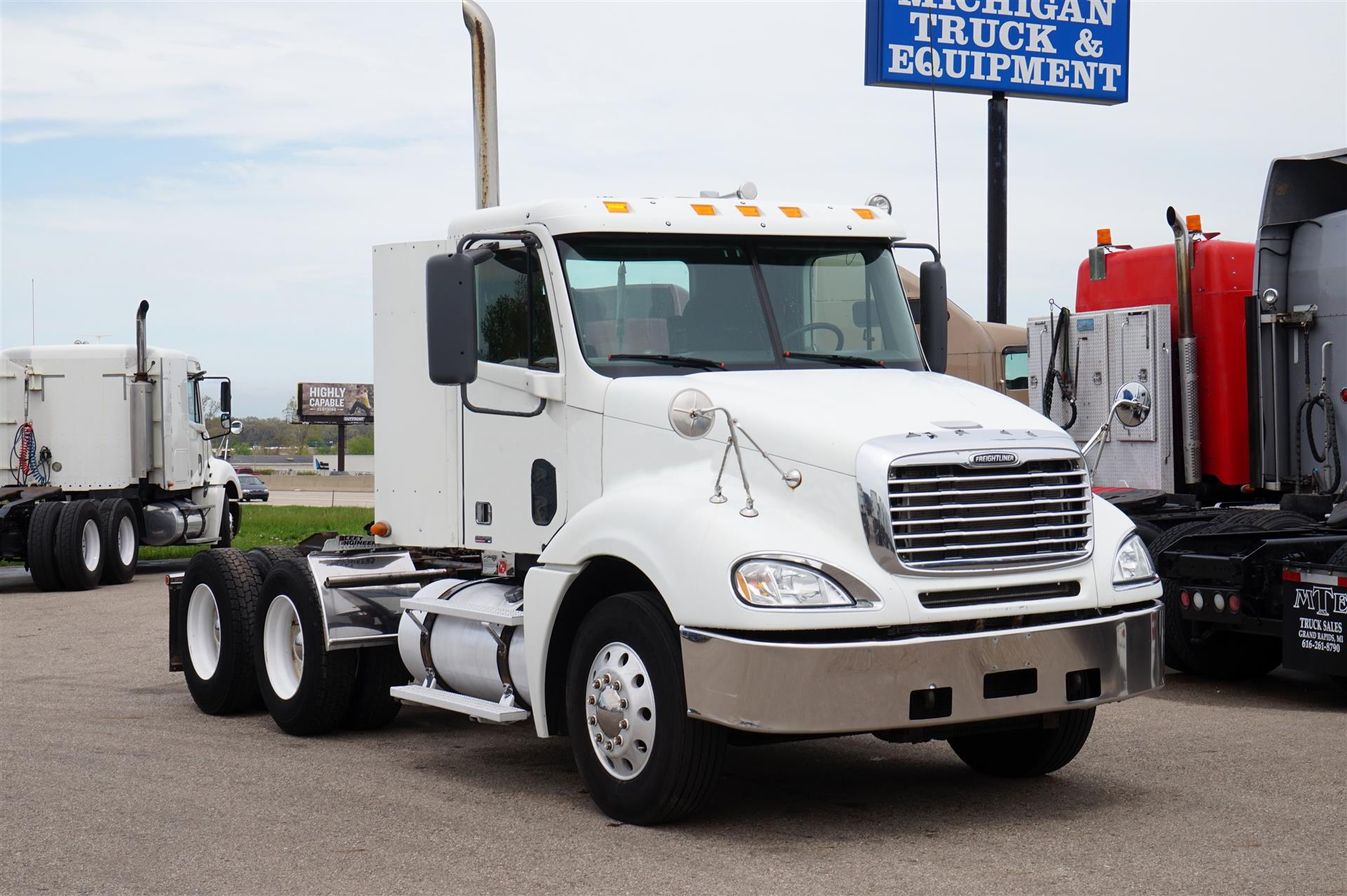 2007 Freightliner Columbia DAYCAB 571966 Daycab