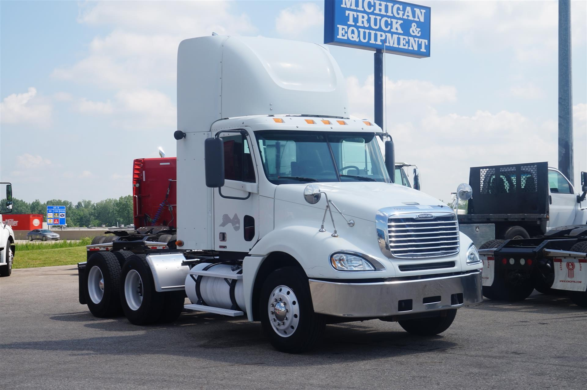 2007 Freightliner Columbia DAYCAB 571972 Daycab