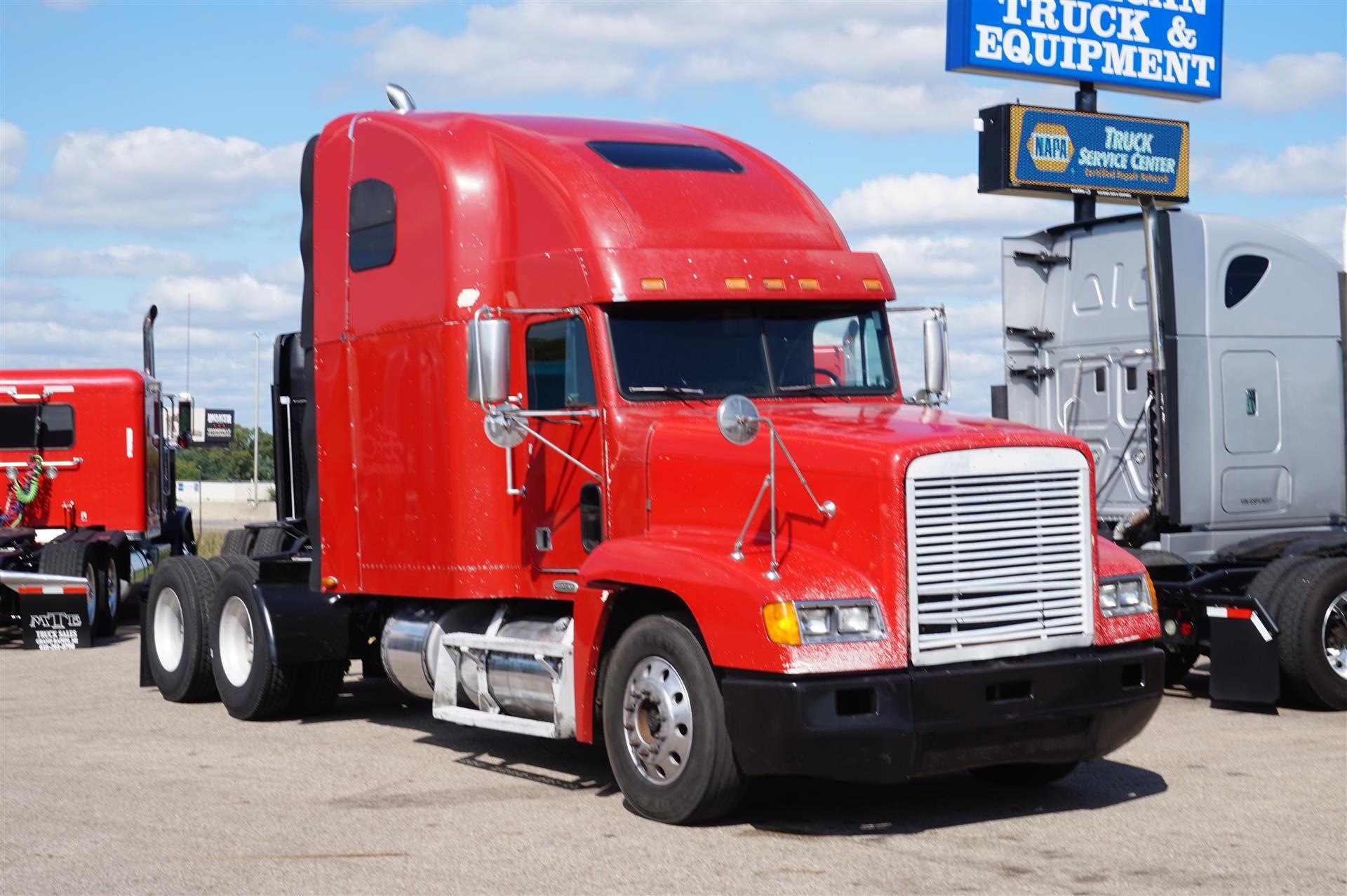 2000 Freightliner FLD120