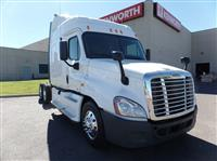 Used 2011 Freightliner CA12564SLP for Sale