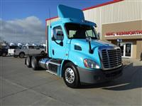 Used 2013 Freightliner CA11364DC for Sale