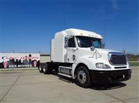 Used 2007 Freightliner FCL12064ST for Sale
