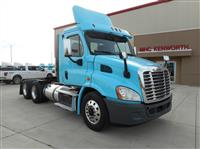 Used 2013FreightlinerCA11364DC for Sale