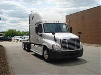 Used 2010 Freightliner CA12564SLP for Sale