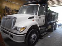 Used 2004 International 7400 for Sale