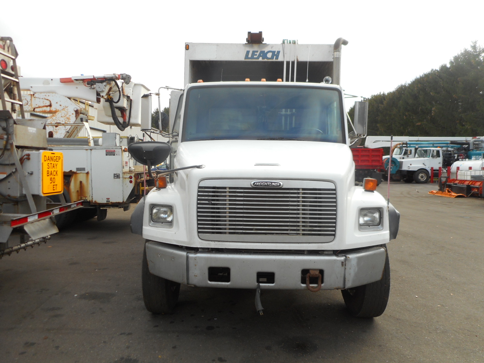 2001 Freightliner FL 80 for sale-59084712