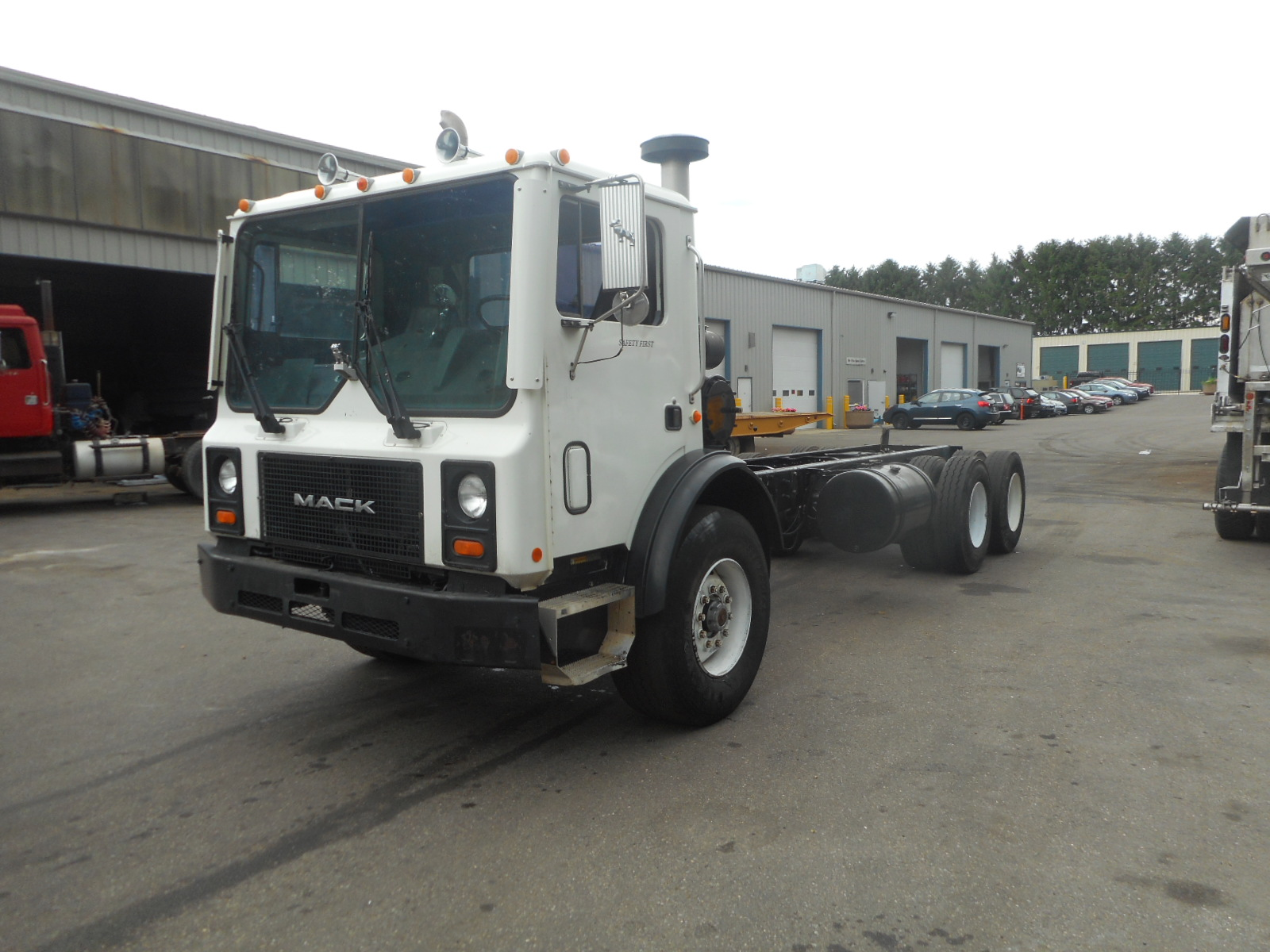 2002 Mack MR690S for sale-59084718