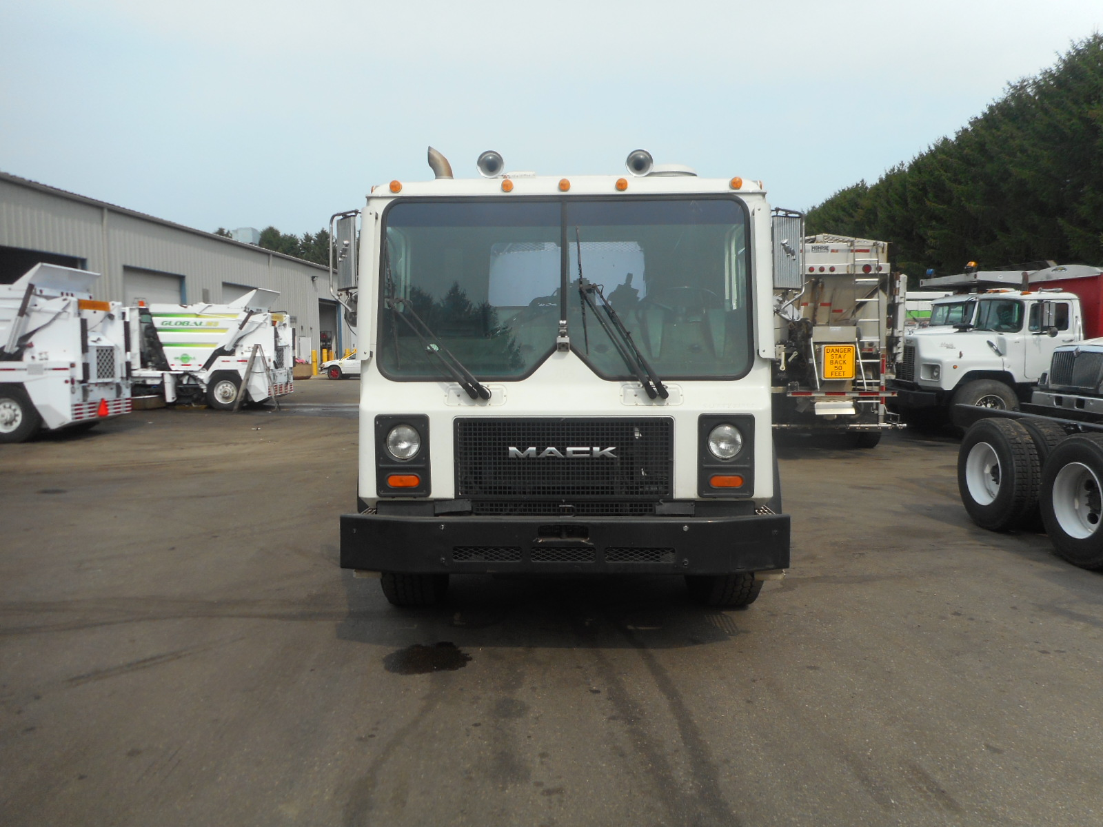 2002 Mack MR688S for sale-59108521