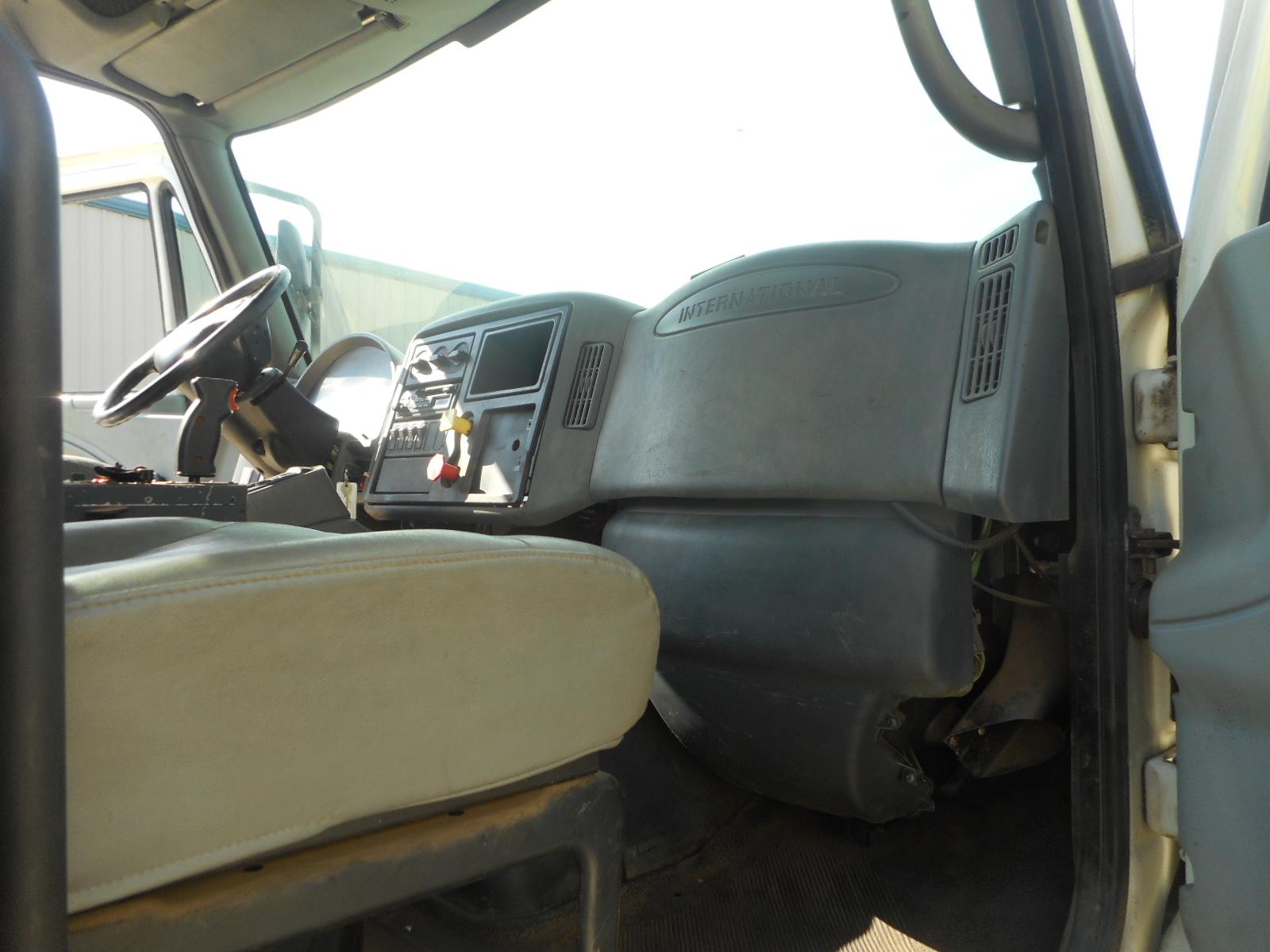 2005 International 7600 for sale-59085102