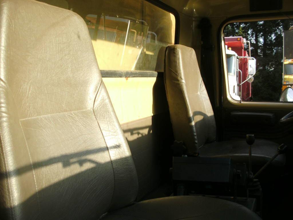 2001 International 4900 for sale-59085243